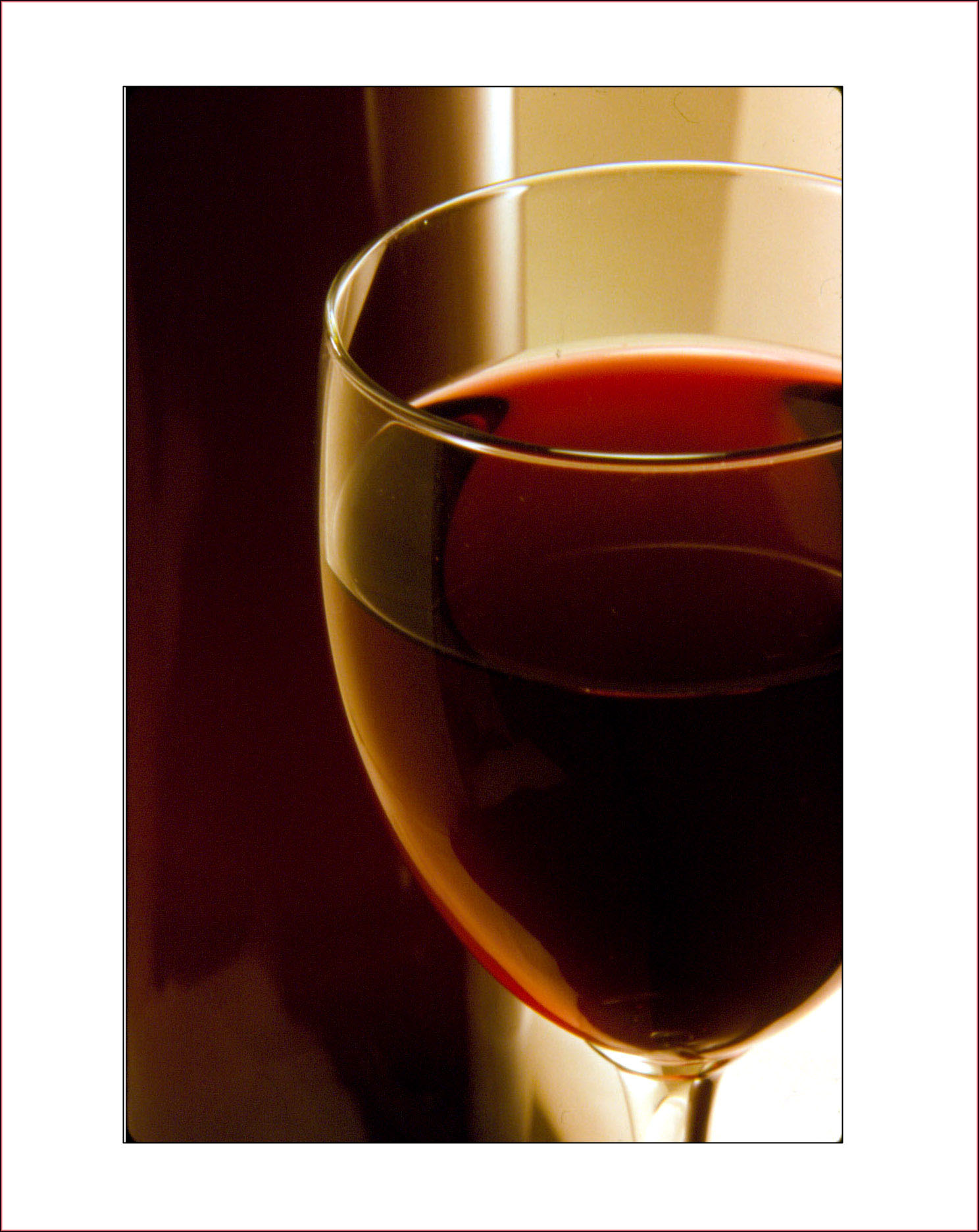 Studio Still: Pacific Northwest Cabernet Sauvignon. © High Cascade Studios